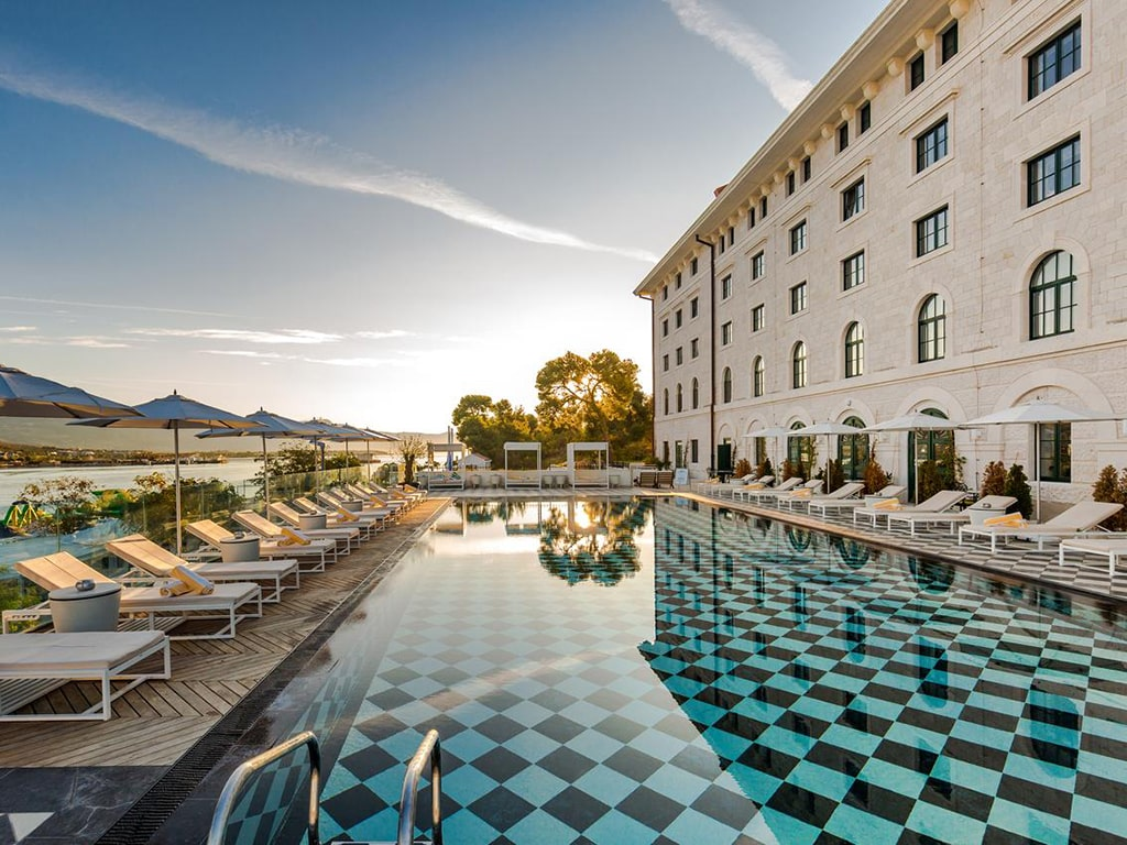Hotel Brown Beach House&Spa, Trogir - 2 - Lokve Quality Windows